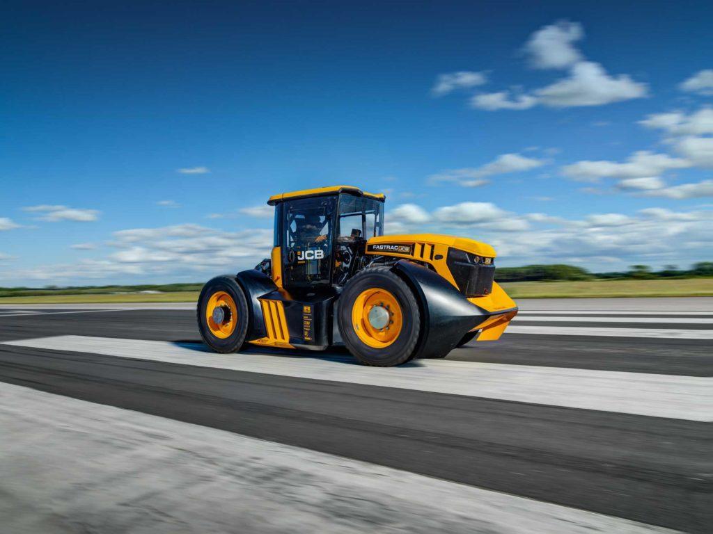 Williams zabrał części Kubicy i ustanowił nowy rekord ciągnikiem Fastrac 8000