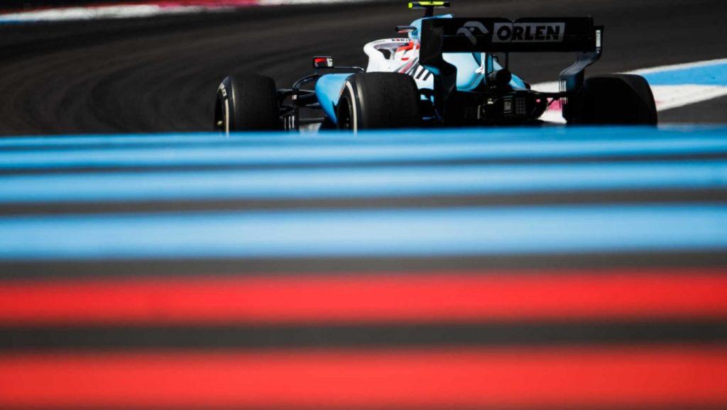 Russel ma lepsze silniki niż Kubica! Mercedes faworyzuje swojego juniora!