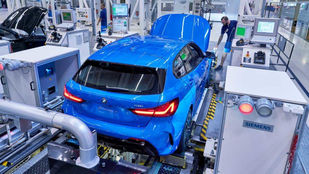 Rozpoczęcie produkcji BMW serii 1 początkiem przednionapędowej ery