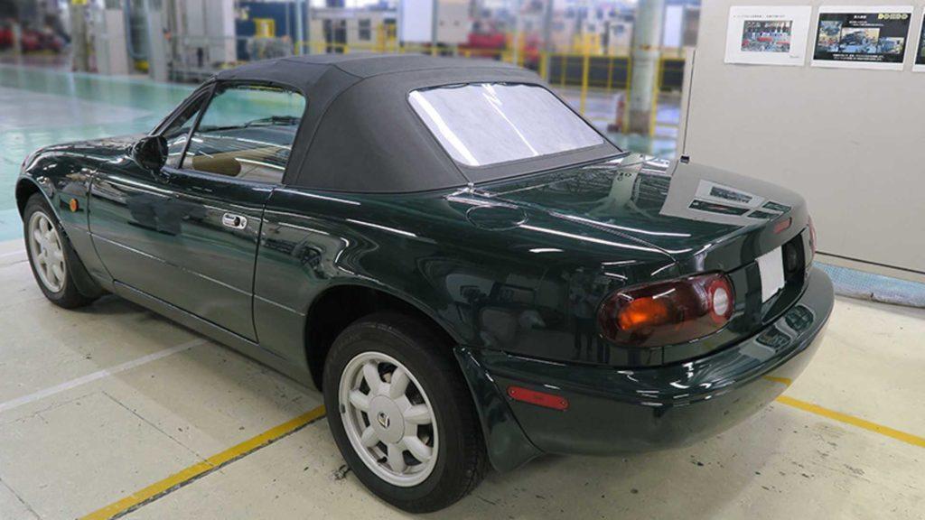 Mazda odrestauruje twoją Miate NA w cenie najnowszej MX-5