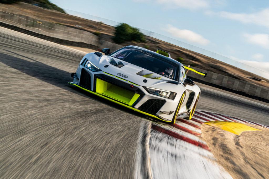 Audi rozpoczyna dostawy R8 LMS GT2 Racer. Przygotuj czek na 1,5 miliona złotych