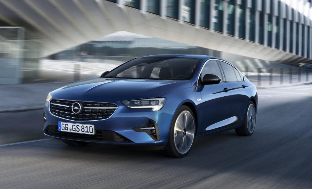Opel Insignia 2020 – małe zmiany wizualne i nowe warianty