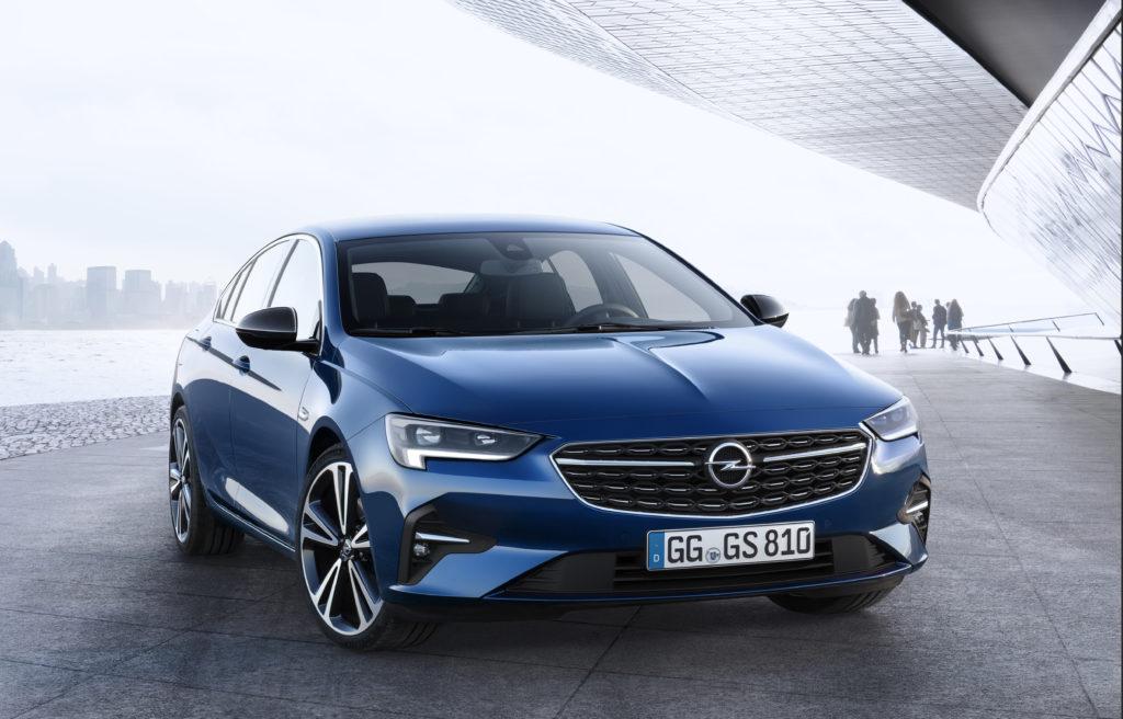 Opel Insignia od 2022 roku może być SUV'em w wyniku spadku sprzedaży