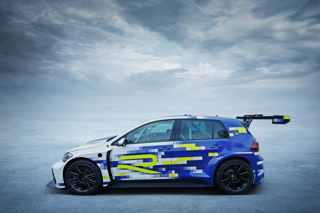 Volkswagen Golf E-Performance R, czyli elektryczny samochód sportowy