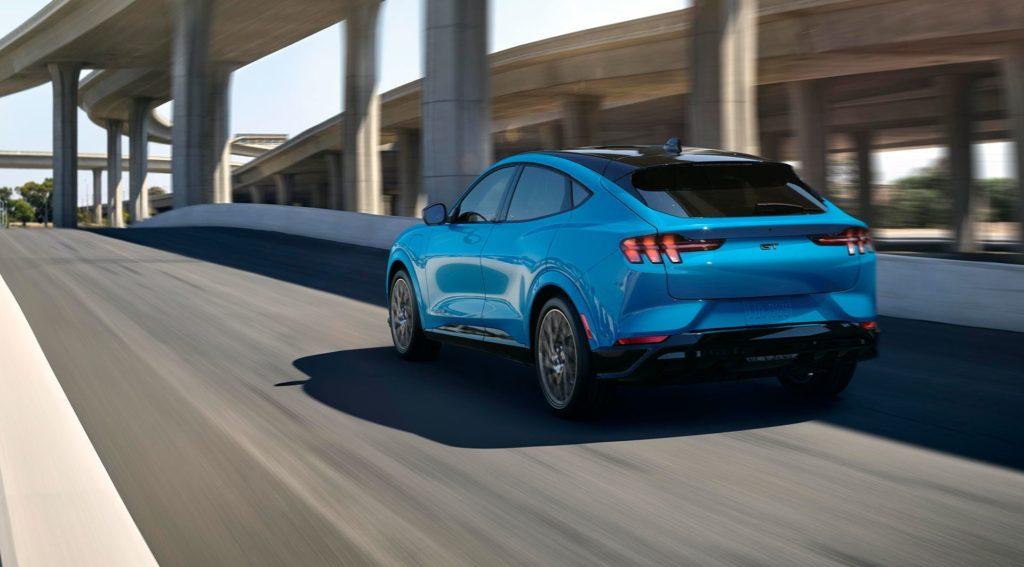 Ford Mustang Mach-E przybędzie najpierw do Europy, potem do Ameryki Północnej
