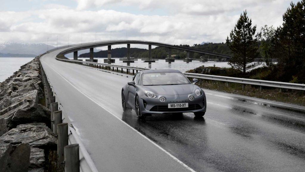Alpine A110S oficjalnie zaprezentowane – więcej mocy i dynamiki