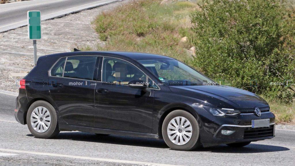 Premiera nowego Volkswagena Golfa zbliża się wielkimi krokami