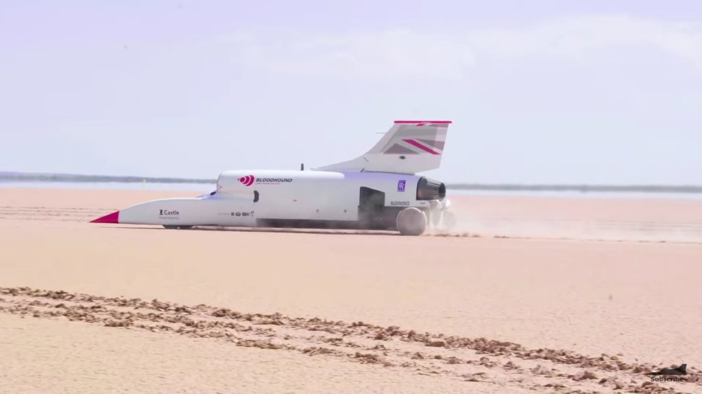 Bloodhound i rozgrzewki przed biciem rekordu 1000 mil na godzinę