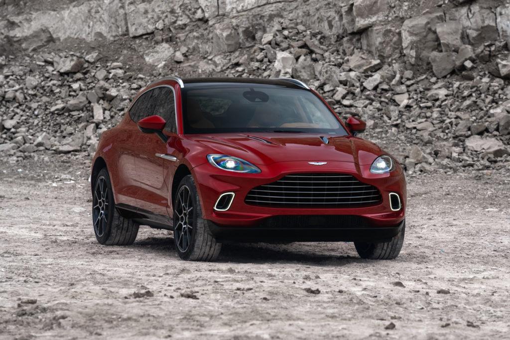 Aston Martin chce sprzedawać 4000-5000 egzemplarzy SUV'a DBX na rok