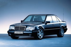 Mercedes W124 – początek klasy E w latach 80. ubiegłego wieku