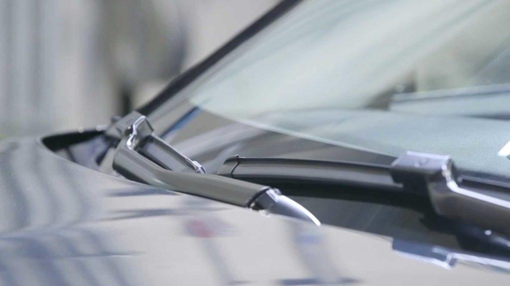 Podgrzewane pióra wycieraczek – nowy wynalazek firmy Lincoln