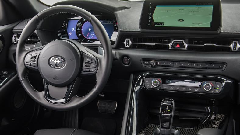 Zegary w nowej Suprze zostały zaprojektowane przez BMW