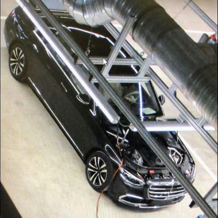 Mercedes klasy S na nowych zdjęciach bez kamuflażu i w pełnej krasie