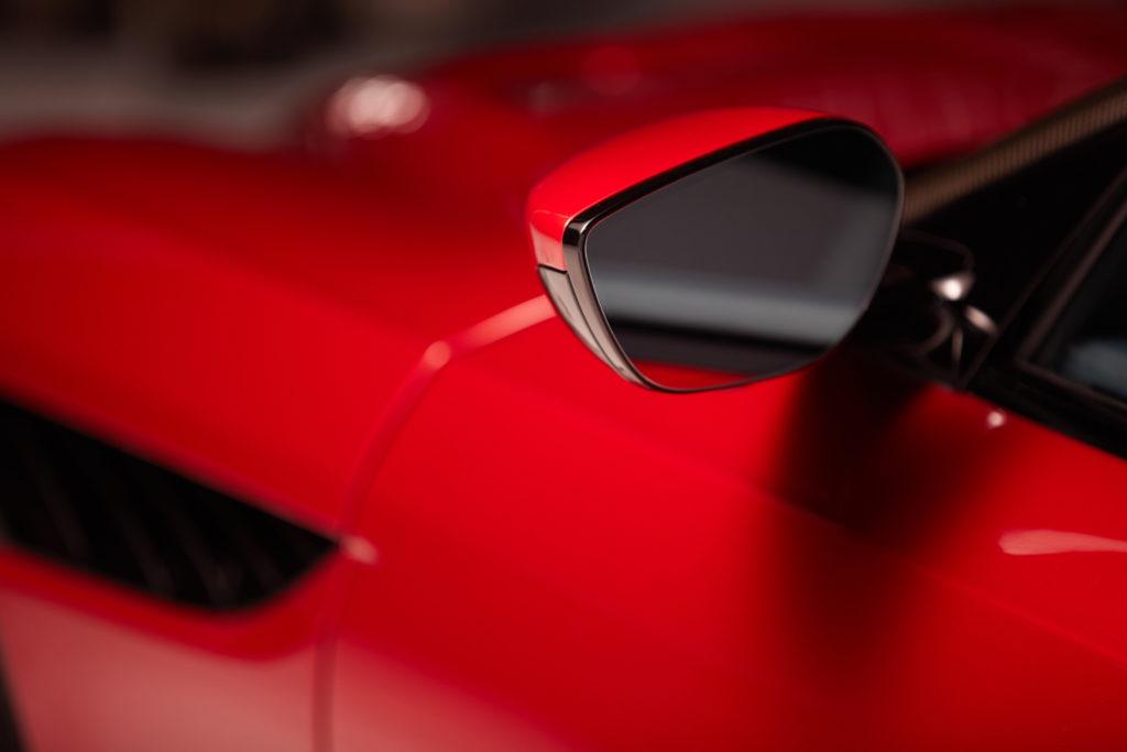 Aston Martin wprowadza kamerę zamiast lusterek w nowych autach