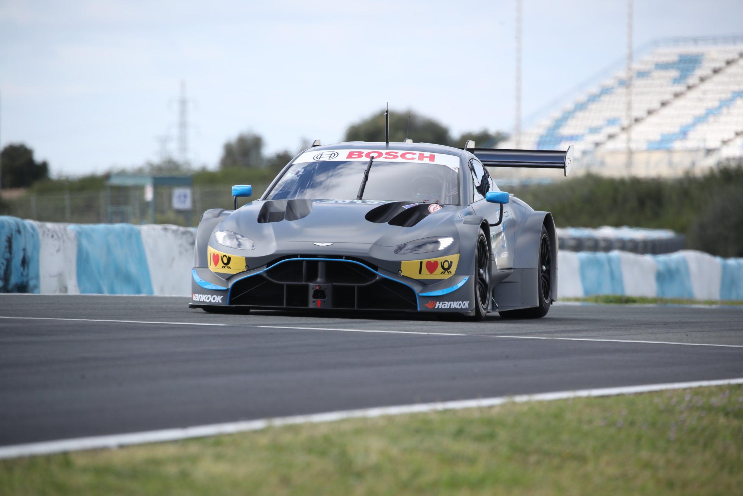 Aston Martina