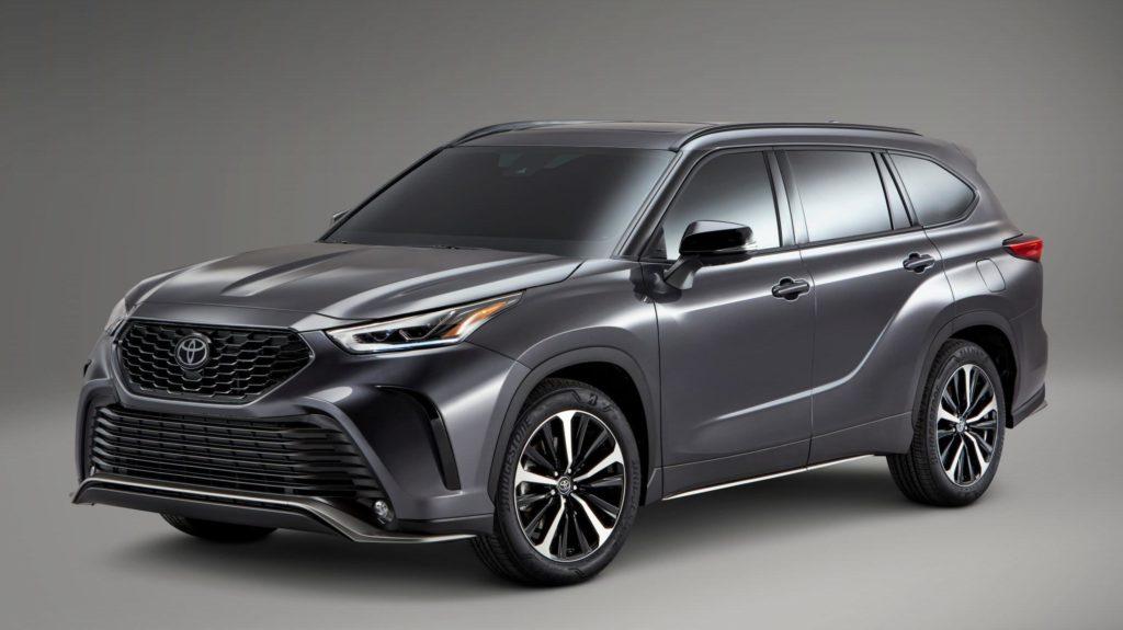 Toyota Highlander XSE – sportowa sylwetka i silnik 3.5 V6 w SUV'ie?