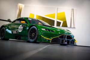 Aston Martin Vantage prosto z DTM trafia pod młotek za 1 680 000 euro