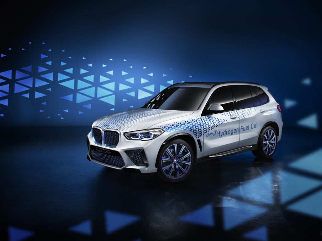 Wodorowe BMW X5 o mocy 370 KM pojawi się na rynku w 2022 roku