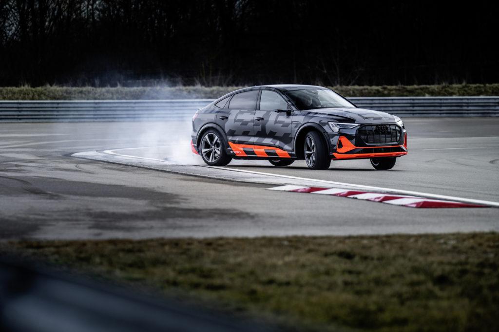 Audi e-tron S jest SUV'em i elektrykiem, ale możesz nim driftować