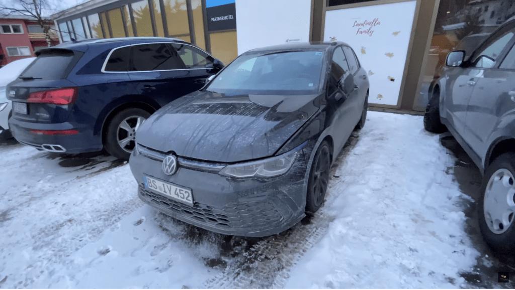Nowy Volkswagen Golf R MK8 przyłapany na testach w Szwajcarii