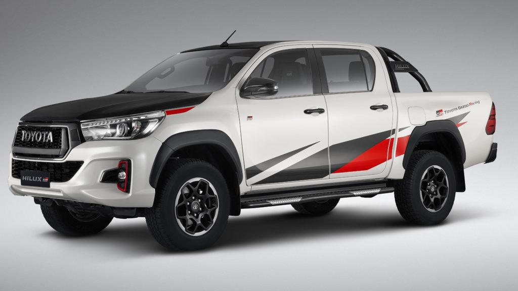 Toyota Hilux od Gazoo Racing – przepis na szalonego pickup'a