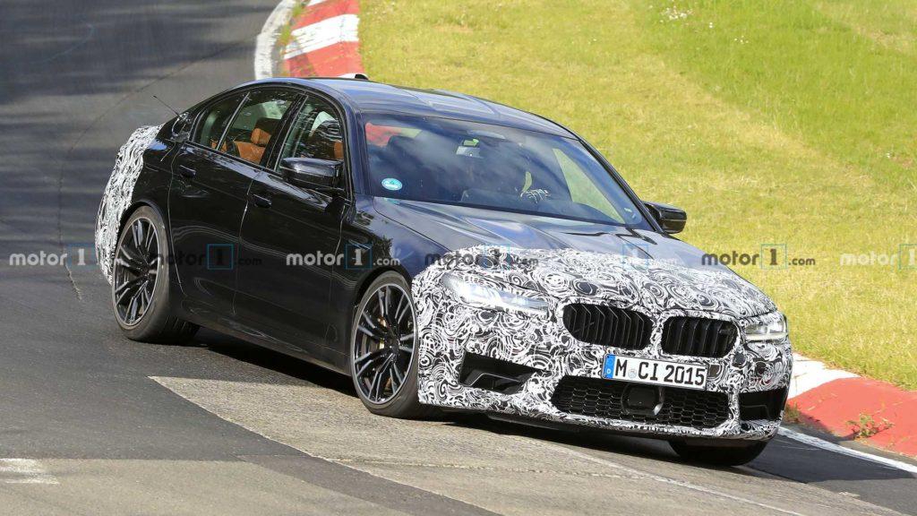 BMW M5 po liftingu zauważone podczas testów na Nurburgringu
