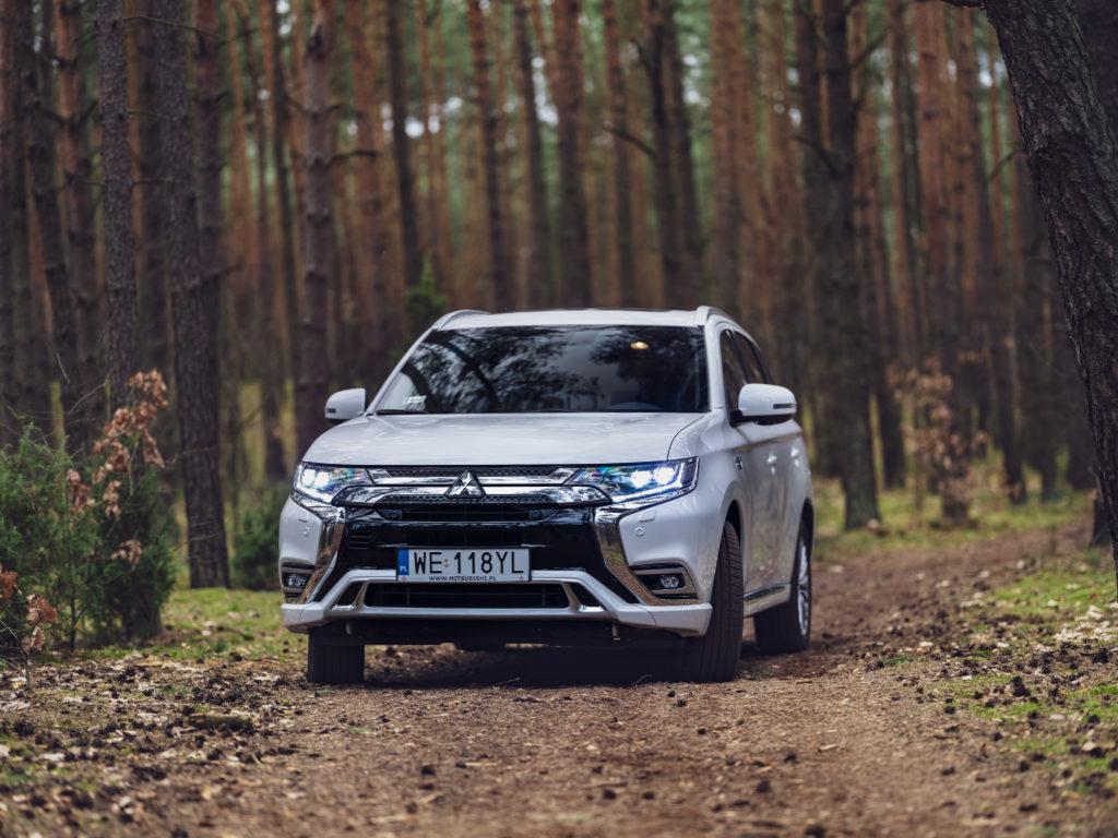 Mitsubishi myśli nad przyszłością w Europie, ale postawi na hybrydy