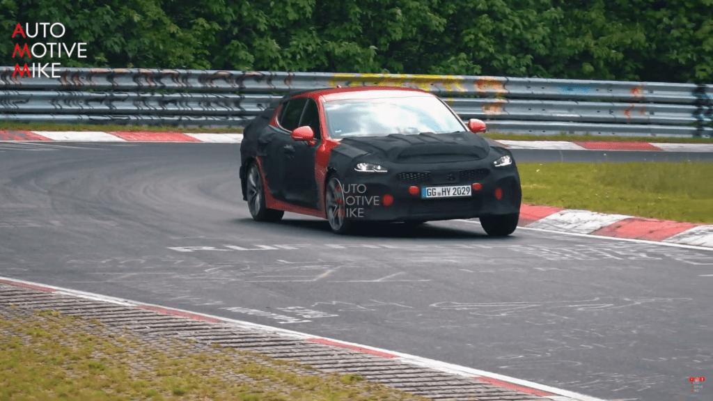 Odświeżona KIA Stinger GT 2021 odbywa testy na torze Nürburgring