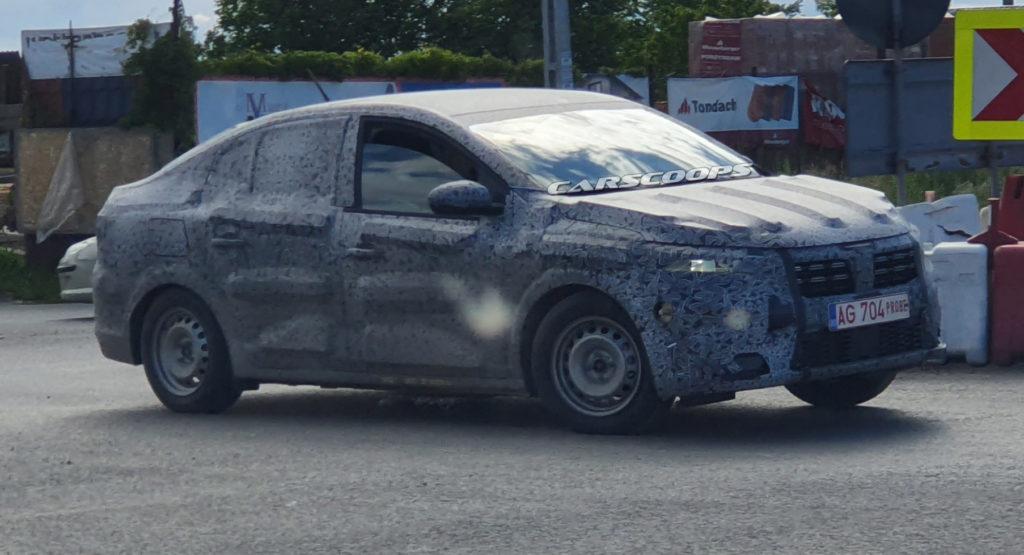 Trwają testy Dacii Logan zbudowanej na podwoziu nowego Renault Clio