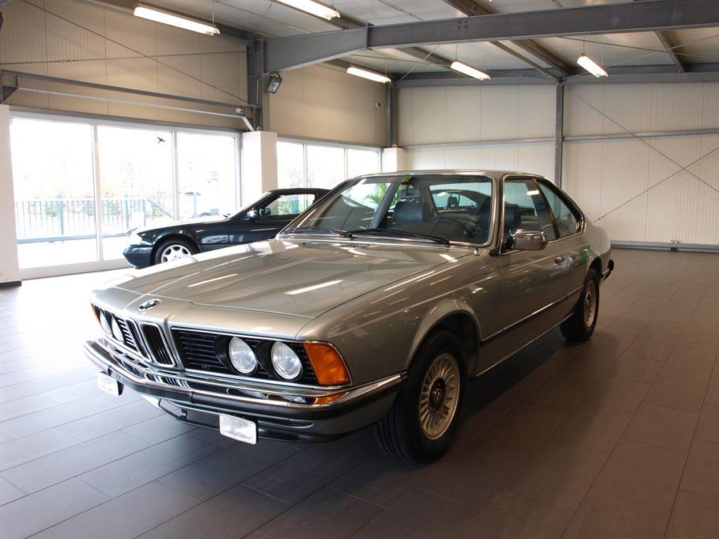 BMW 633 CSi z przebiegiem 1645 km na sprzedaż za 97 tysięcy euro