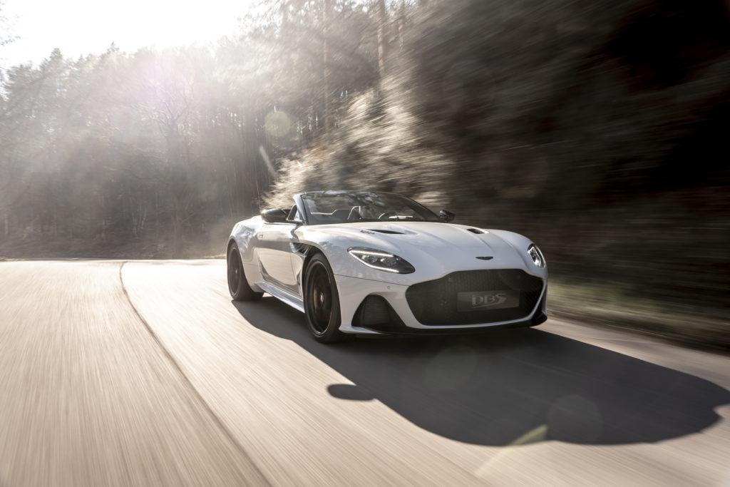 Aston Martin sprzedaje część swoich akcji za kwotę 320 milionów dolarów