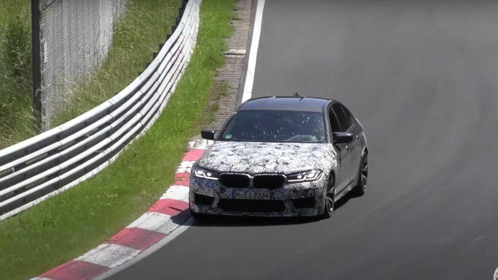 BMW M5 CS grasuje po Nurburgringu podczas końcowych testów