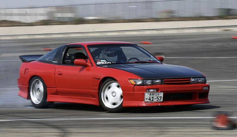 Dźwięk Nissana 240SX w NFS to tak naprawdę dźwięk Nissana Silvia S13