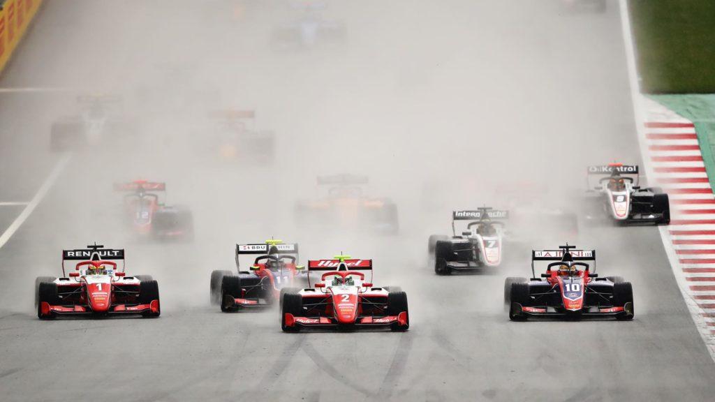 F3: Vesti wygrywa w sobotniej ulewie, pogodna niedziela dla Pourchairego