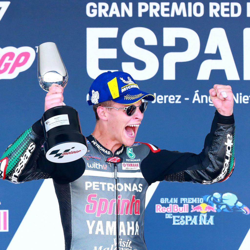 Fabio Quartararo wygrywa GP Hiszpanii, Marquez na stole operacyjnym