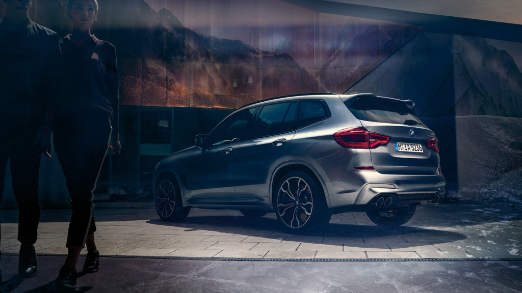BMW X3 M po drobnych modyfikacjach driftuje z czystym tylnym napędem!