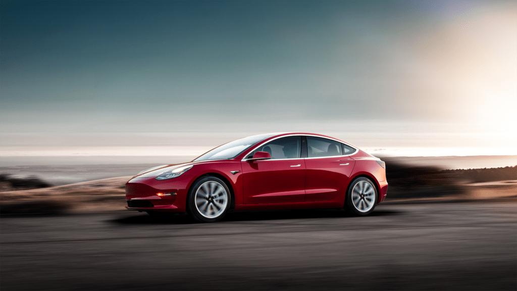 Dlaczego Tesla Model 3 jest tak popularna na rynku wtórnym?