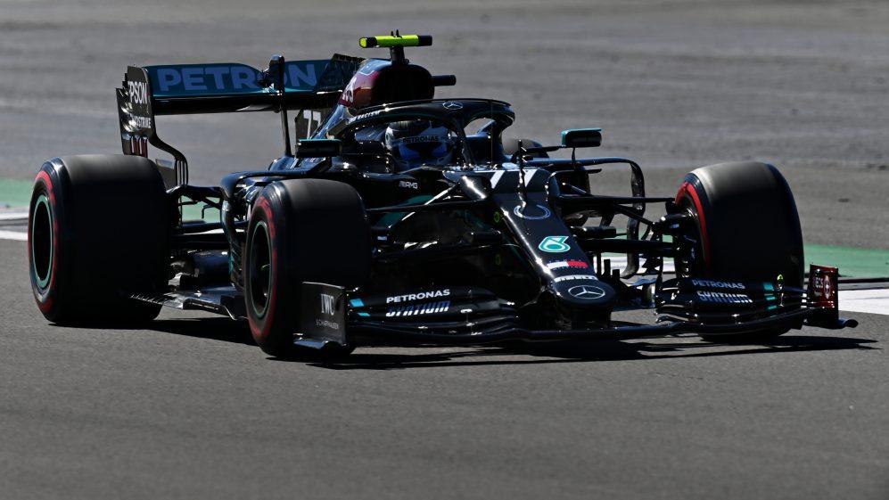 Poza zasięgiem rywali – Mercedes dominuje w piątkowych treningach