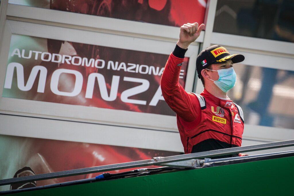 AKTUALIZACJA: Ilott wygrywa sprint F2, Ticktum zdyskwalifikowany