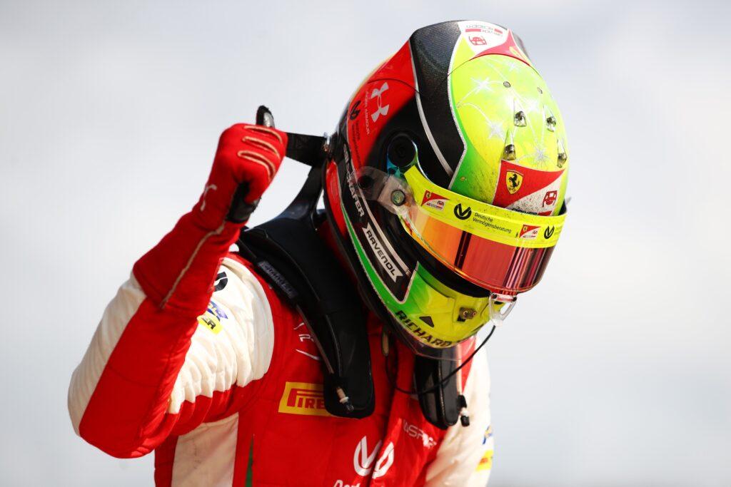 Mick Schumacher wygrywa w Rosji i powiększa przewagę w generalce