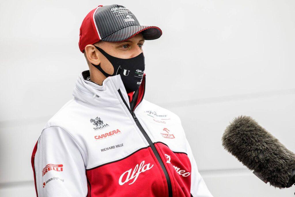 Schumacher wspierany przez kierowców przed debiutem w F1