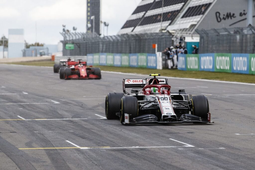 Alfa Romeo ujawni skład na przyszły sezon już w tym miesiącu