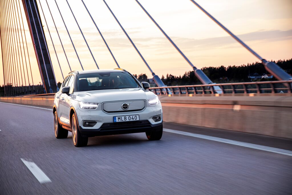 Volvo rozbiło bank! Wyprzedano tegoroczny nakład na XC40 Recharge