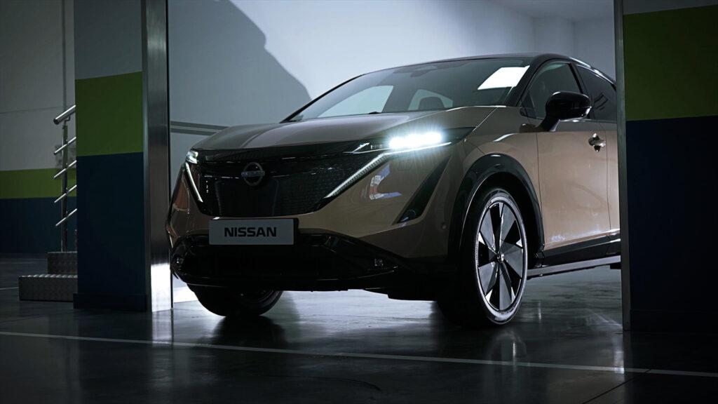 Pierwszy przedprodukcyjny Nissan Ariya dotarł właśnie do Europy