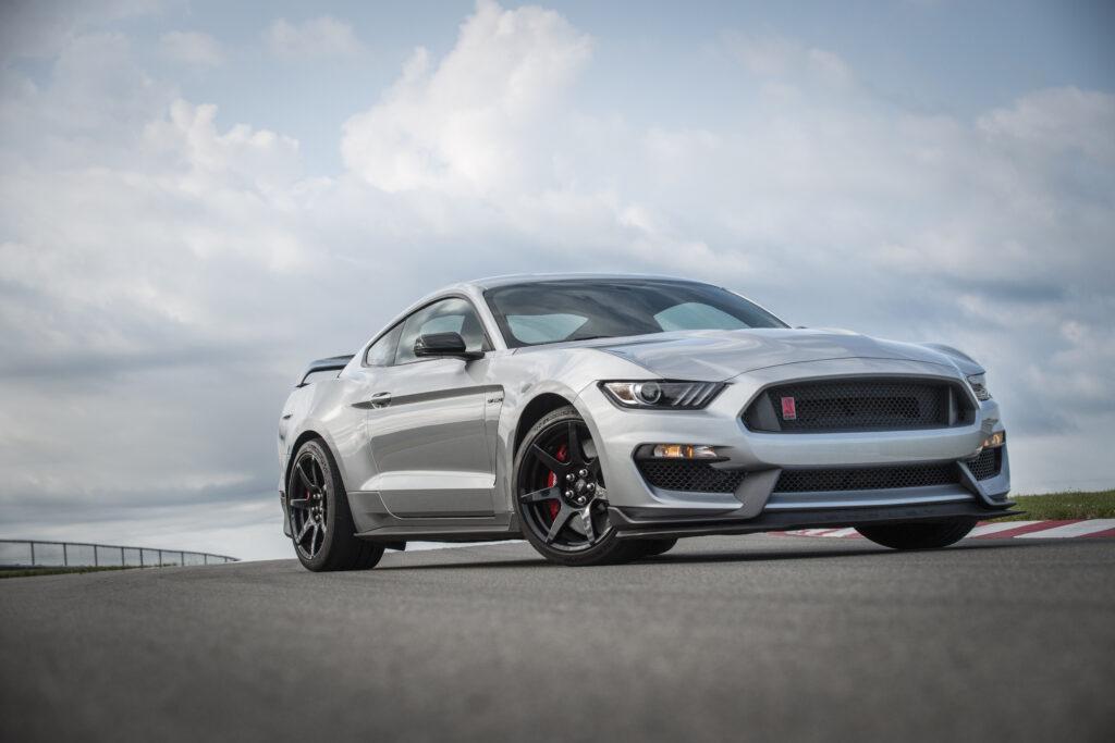 Ford Mustang Shelby GT350 i GT350R oficjalnie odchodzą z rynku