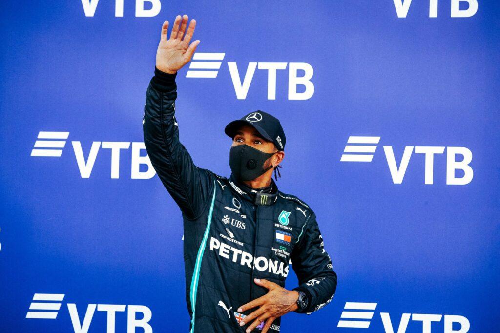 Hamilton najlepszym kierowcą w historii? Nie według Stewarta
