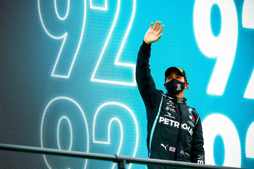 Lewis Hamilton musiał odpuszczać przez skurcze pod koniec wyścigu