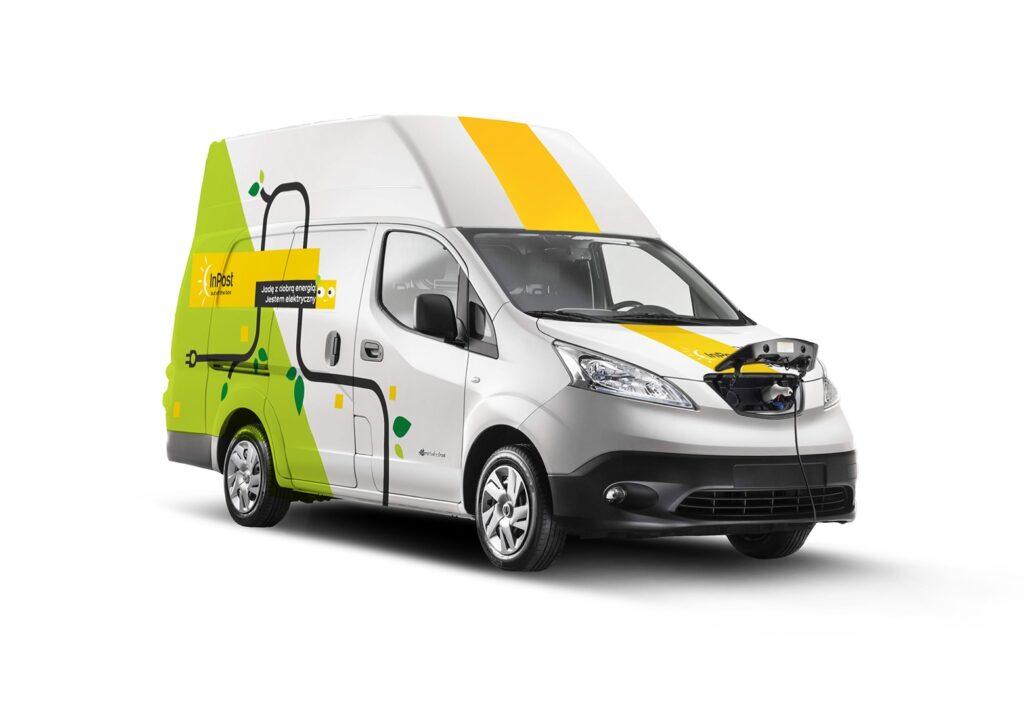InPost rozszerza flotę o w pełni elektryczne furgony Nissan e-NV200