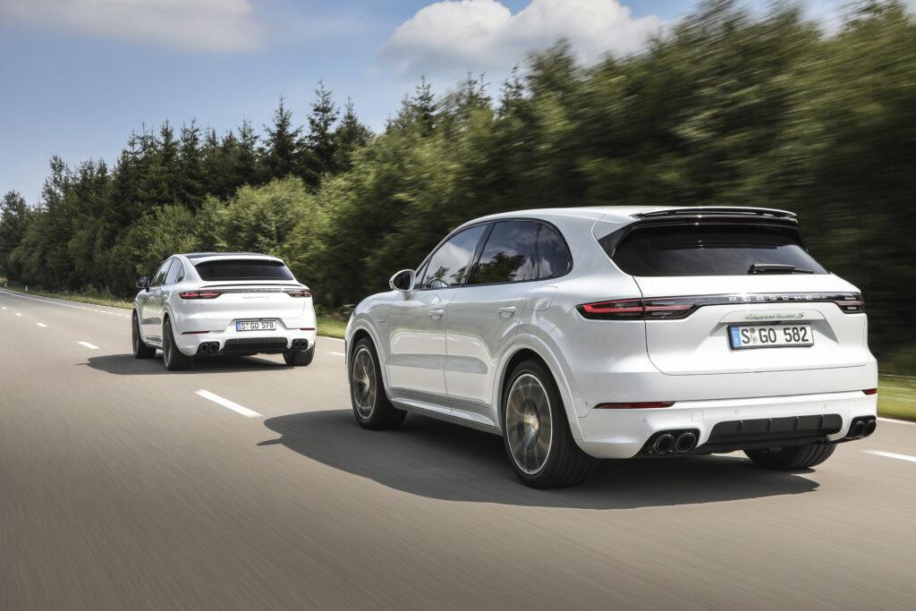 Porsche wprowadza większe baterie do swoich modeli hybrydowych