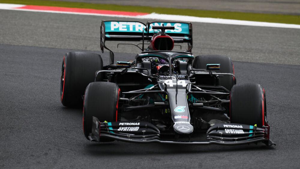 Hamilton wyrównuje rekord Schumachera, podium Ricciardo w GP Eifelu